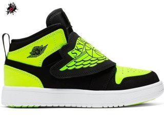 Sky Air Jordan 1 (PS) Noir Volt (BQ7197-007)
